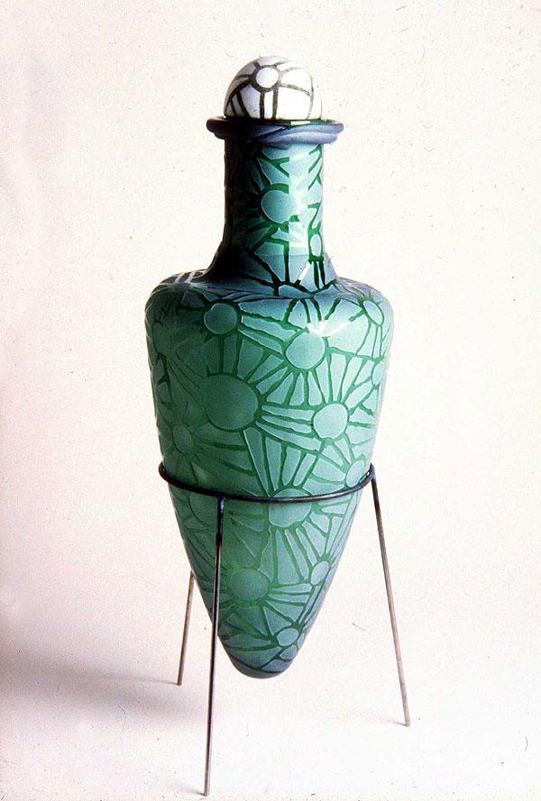 Amphora-1_ 1989